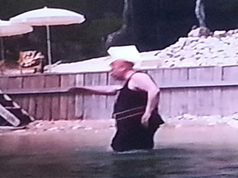 PoirotSwim2